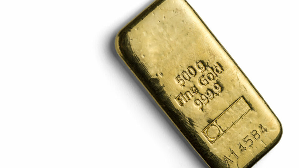 Gold bounced